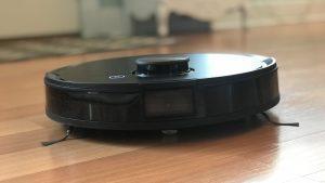 ربات مجهز به سنسور و دوربین